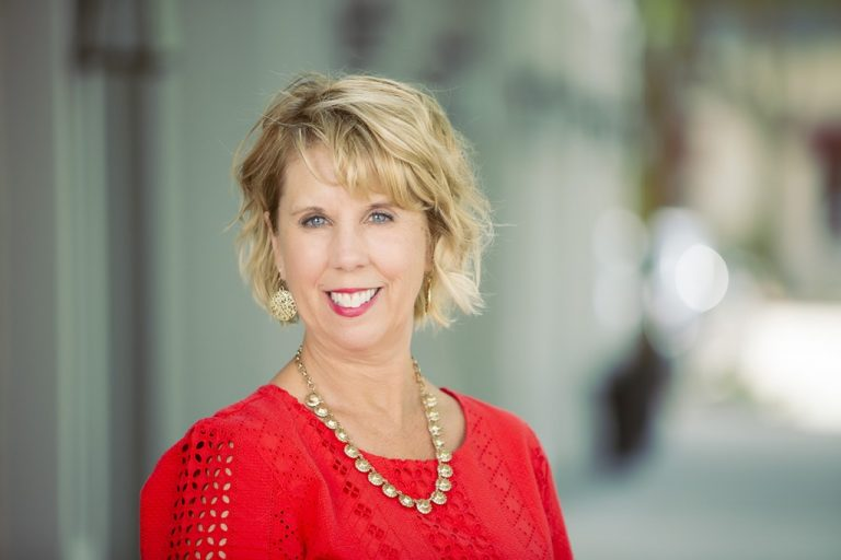 Indianapolis Image Consultant Beth Divine
