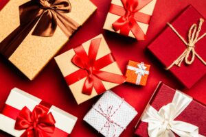 Indiana Personal Shopper recommends great fashion gifts for the holiday season